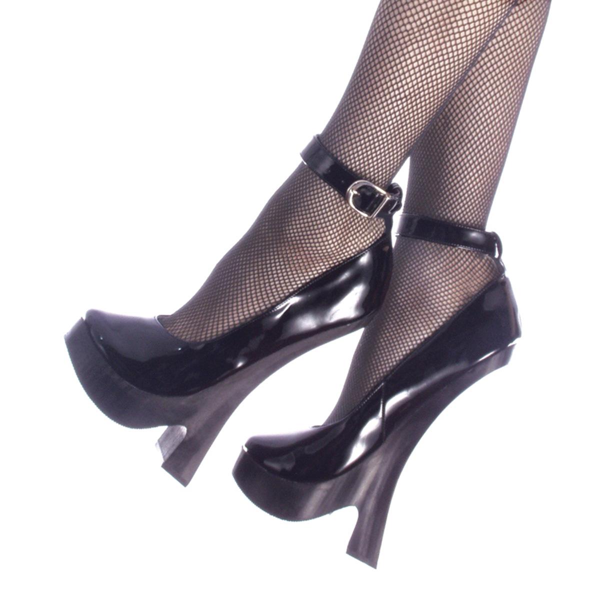 Фетишь женской обуви 3 фотография